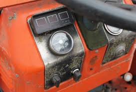 restoring an old kubota b20 compact utility tractor and putting it