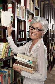 hair highlights and lowlights for older women best 25 grey hair and glasses ideas on pinterest grey hair with