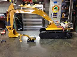 vario digger in cat yellow rc truck and construction