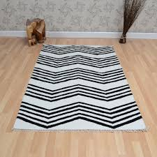 Black And White Zig Zag Rug Jeff Banks Kilim Zig Zag Rugs In Black White Free Uk Delivery