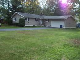 amherst real estate 334 country parkway amherst ny 14221