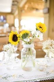 Sunflower Wedding Centerpieces by 76 Best Sunflowers Images On Pinterest Sunflower Bouquets