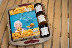 retail gift basket from paula deen u0027s family kitchen the perfect