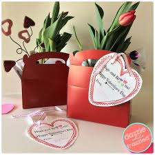 flower gift diy hugs and blooms 5 minute s day flower gift