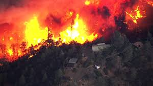 Wildfire Clearlake Ca by Lake County Wildfire Destroys At Least Four Homes As Crews Brace