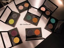 india mac makeup kit 027 点击咨询 these eye shadow duos are named double feature and are