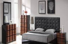 Looking For Bedroom Set Modern Chair For Bedroom Nightstand Ideas For Bedrooms