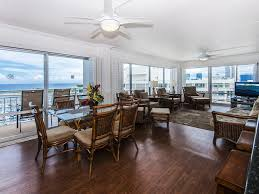 rarely available sweeping ocean view 2br ilikai condo with tons of