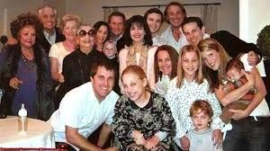 Traditions On Thanksgiving Garry Marshall Vs Lori Marshall On Thanksgiving Traditions