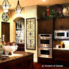 kitchen decorating ideas with accents best 25 tuscan kitchen decor ideas on kitchen utensil