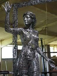 figurative sculptures welded from steel scraps by jordi diez