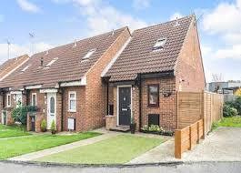 1 Bedroom Flat In Gravesend Property For Sale In Old Road East Gravesend Da12 Buy
