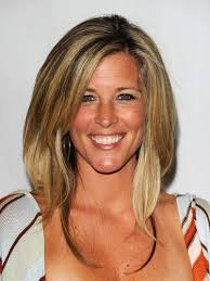 laura wright hair general hospital star laura wright cut her hair see the gorgeous