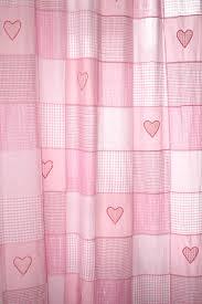kinderzimmer gardinen rosa taftan vorhang patchwork rosa gardinen vorhänge