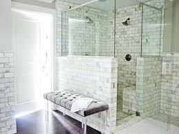 Shower And Tub Combo For Small Bathrooms Small Bathroom With Shower And Bath Small Bathroom With Bathtub