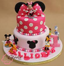and friends cake minnie and friends gloria cake