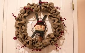 made burlap wreath with snowman
