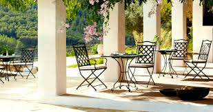 Circle Patio Furniture by Appealing Iron Outdoor Furniture In Family Room Round Circle Table