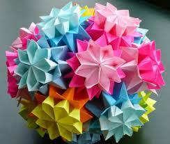membuat hiasan bunga dari kertas lipat cara dan ide ide kreatif menghias dinding kamar dari kertas origami