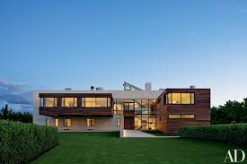 alex gorlin crafts a modernist family home in the hamptons