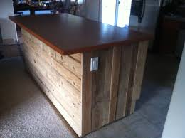 line a kitchen island with old pallet wood stagger sizes ropes