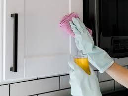 what should you use to clean wooden kitchen cabinets tips for cleaning food grease from wood cabinets