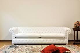 Chesterfield Sofa White Chesterone Sofa Deeper Chesterfield White Sofa