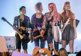 halloween holograms how to be jem and the holograms for halloween instyle com