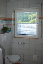 rollos für badezimmer bad fenster rollo schlafzimmer deko ideen