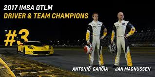 corvette racing live corvette racing secures gtlm chionships at road atlanta