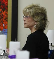 are jane fonda hairstyles wigs or her own hair youthful looking jane fonda 75 needs a helping hand after a
