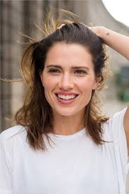 trivago commercial actress gabrielle miller is an actor model and dancer based in berlin