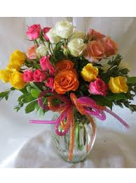 get flowers delivered colorful spray roses in clear vase with same day flower delivery in