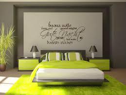 wandgestaltung schlafzimmer streifen 40 coole ideen für effektvolle schlafzimmer wandgestaltung