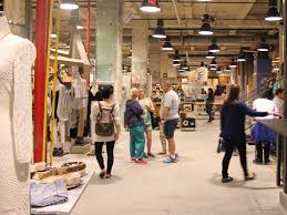 urban outfitters u0027 customers are broke business insider