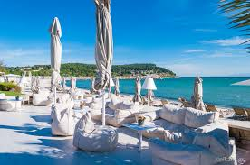 sani beach kassandra tourist guide nikana gr