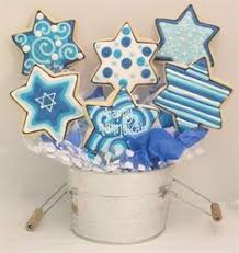 hanukkah cookies look at these gorgeous cookies where can we get some hanukkah
