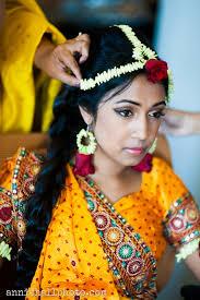 wedding flowers jewellery naturally beautiful wearing mehndi jewelry butterflies of