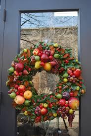 fruit wreaths decore