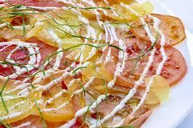 cuisiner l oseille fraiche recette de carpaccio de tomates crème fraîche aux quatre épices et