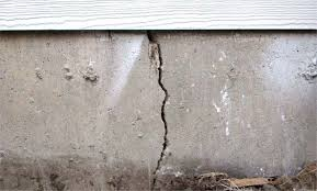 Efflorescence On Basement Walls Signs Of Cracked Foundation Everdry Waterproofing Michigan