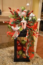 country christmas centerpieces 204 best lantern season images on christmas lanterns