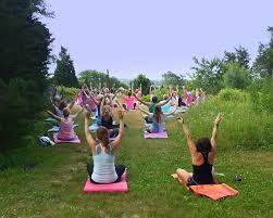 yoga thanksgiving point hip u0026 zen yoga on the south coast south coast almanac