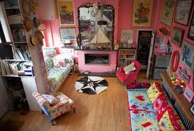 Eclectic Home Design Inc Moon To Moon The Colourful Eclectic Home Of Josh And Caro