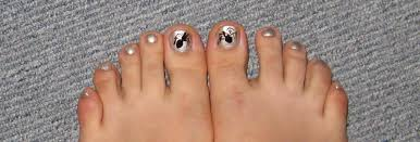 spider furry fury nail art