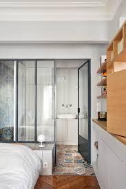 mini salle d eau dans une chambre appartement l 75 contemporain salle de bain