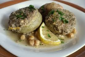comment cuisiner les artichauts artichauts farcis a la mie marka karnoun mahchi bel beba cuisine
