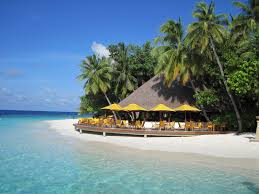 maldives overwater villas honeymoon vacations south pacific