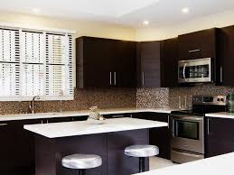 backsplash for dark cabinets and white countertops