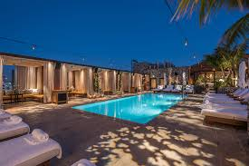 the highlight room is hollywood s new rooftop party epicenter hollywood s latest rooftop pool lounge the hightlight room opens july 12 ela